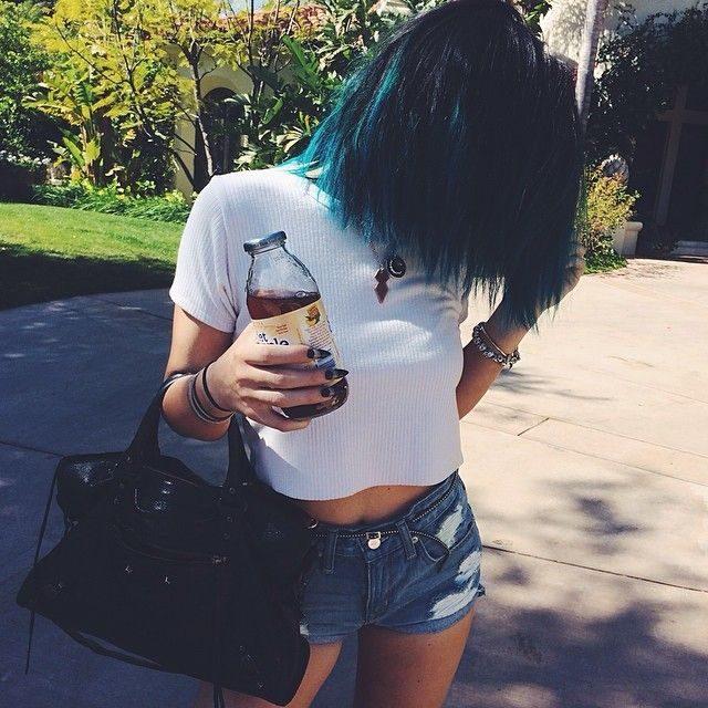 barvené vlasy křídou
