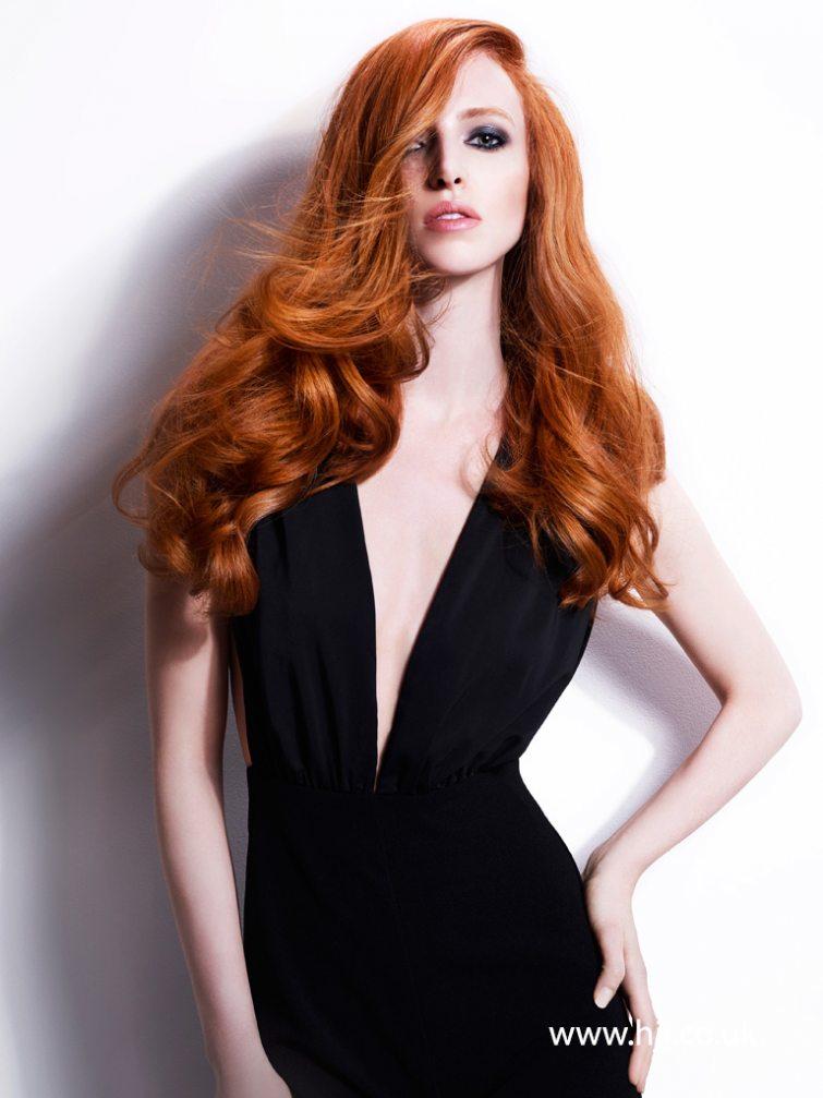 Vlnité dlouhé vlasy
