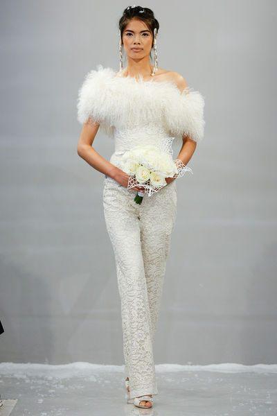 kalhotové svatební šaty bílé