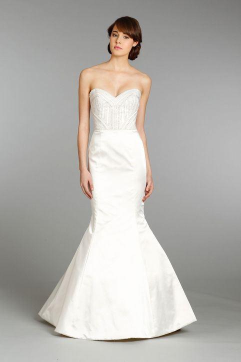 Svatební šaty bez ramínek