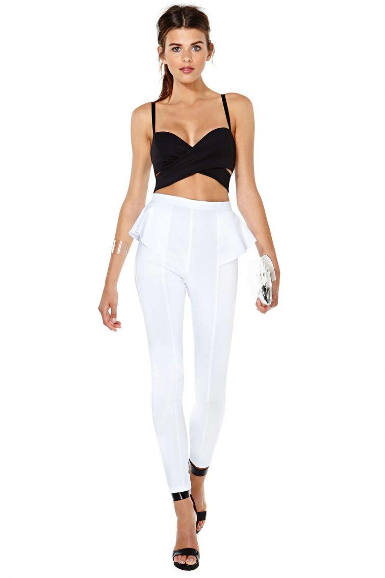 Crop top a pemplum pant, módní trendy pro léto 2014