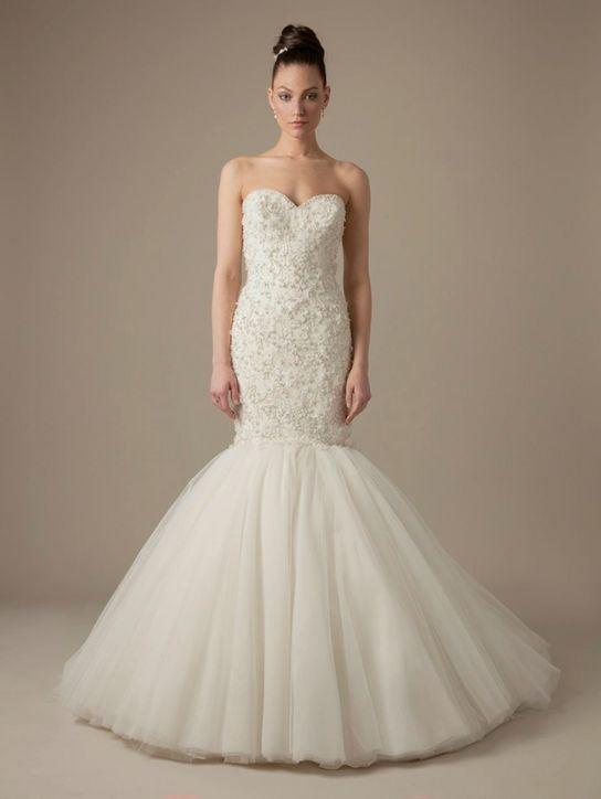 Svatební šaty s rozšířenou sukní