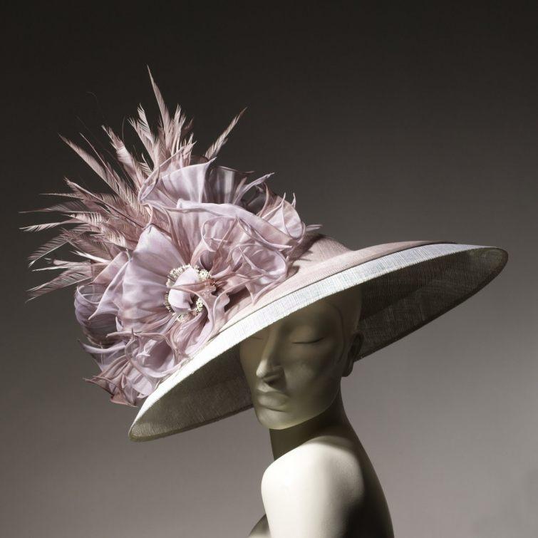 Dámský klobouče