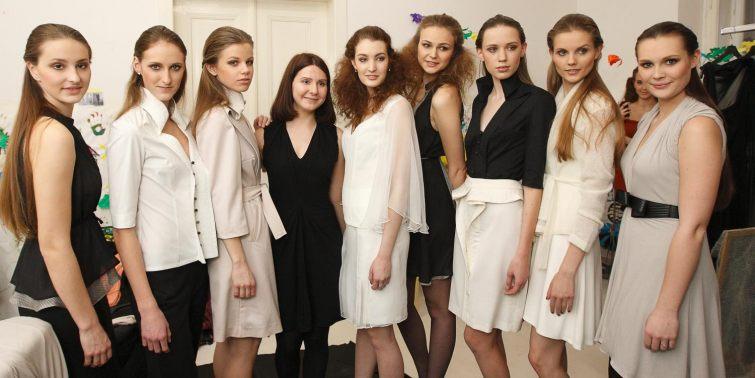 Jana Minaříková s modelkami