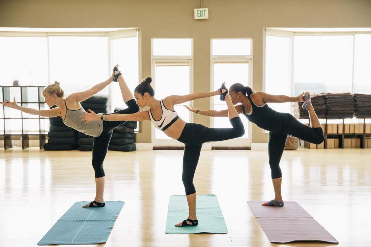 legíny na jógu cvičení
