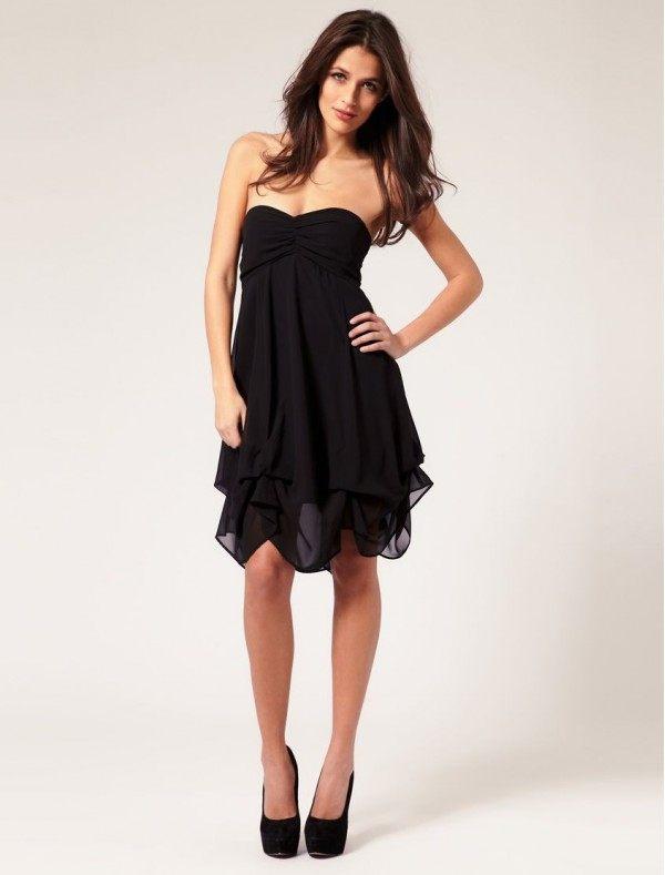 Jednoduché černé šaty na večírek