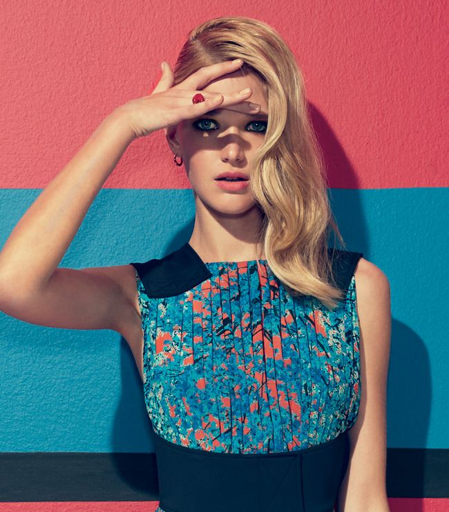 Hedvábné šaty Pop Artem Dior