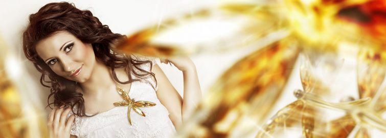 Brož ve tvaru zlaté vážky