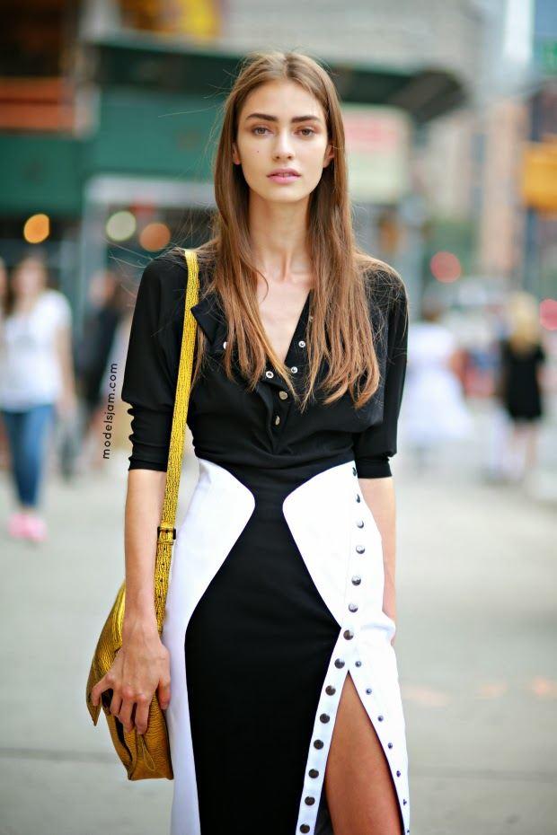 Černo-bílé rafinované šaty