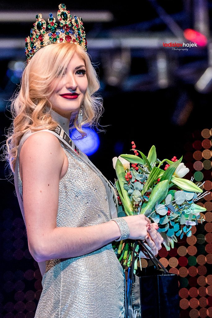 Miss International 2015 Look Bella Anete Saitere