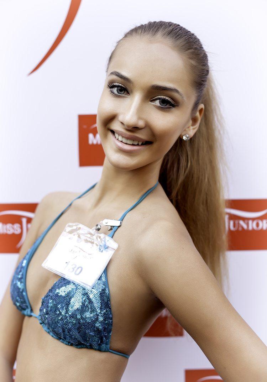Nicole Johanidesová