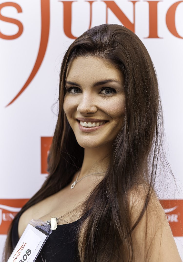 Veronika Rešková Miss Junior