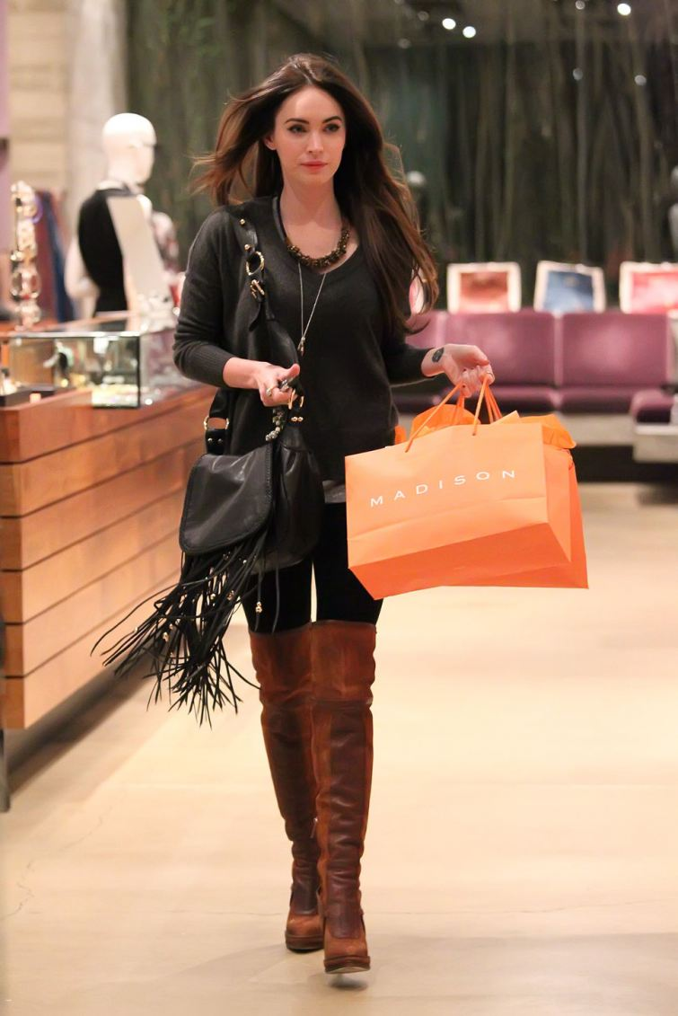Megan Fox kabelka s třásněmi