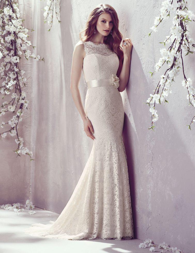 šaty svatba postava obdélník