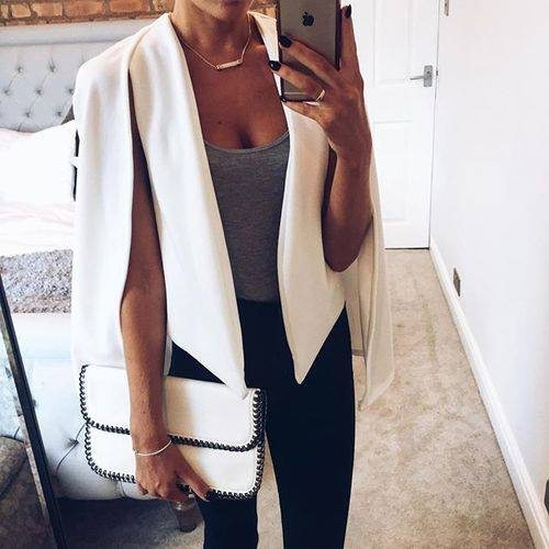 atypická vesta ženská bílá