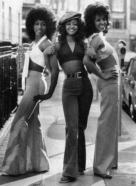 70s a zvonové kalhoty
