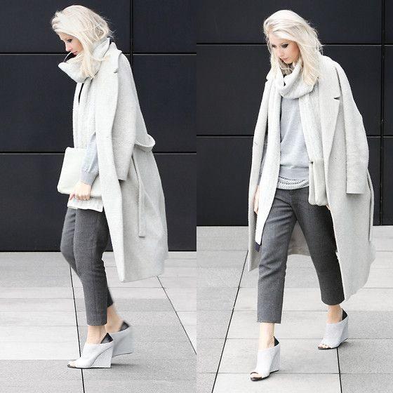 šedé kalhoty
