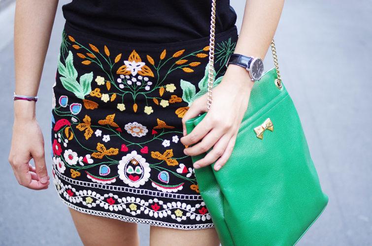 vyšívaná sukně letní trend