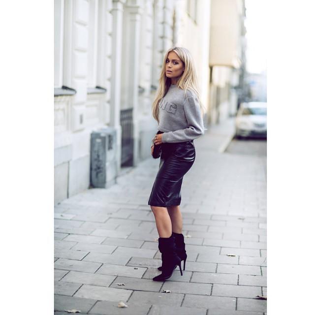 koženková sukně mikina Fanny Lyckman