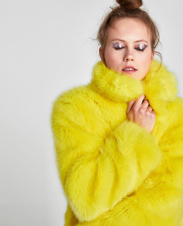 dámský žlutý kožich z umělé kožešiny