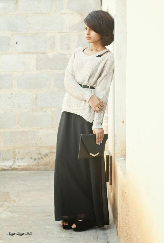 černé psaníčko sukně