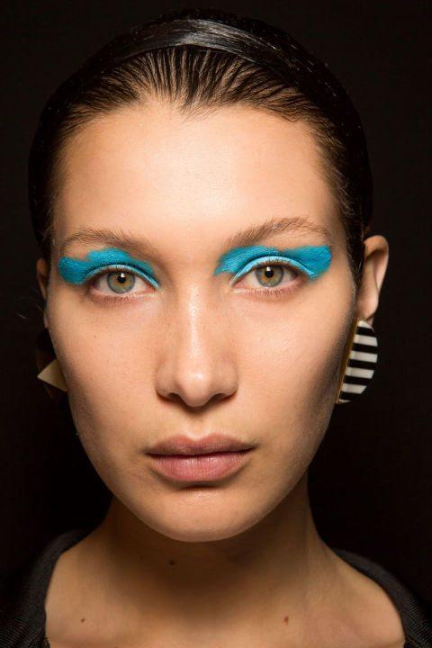 Modré oční stíny