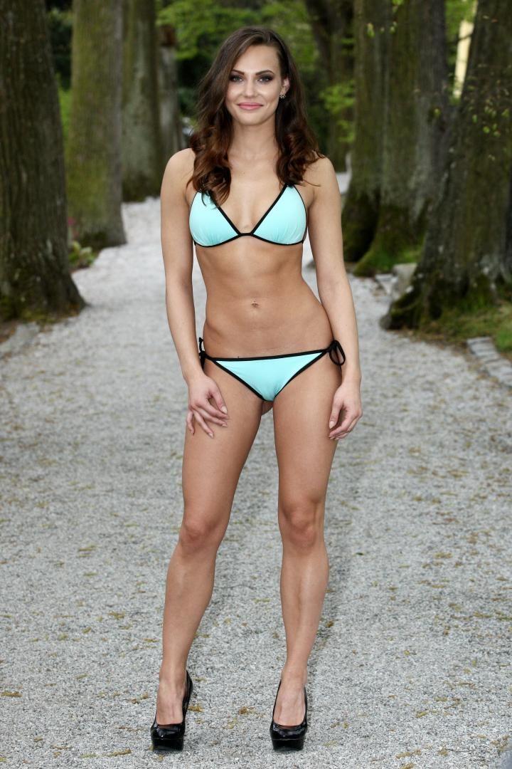 Nikola Krmelová modelka plavky