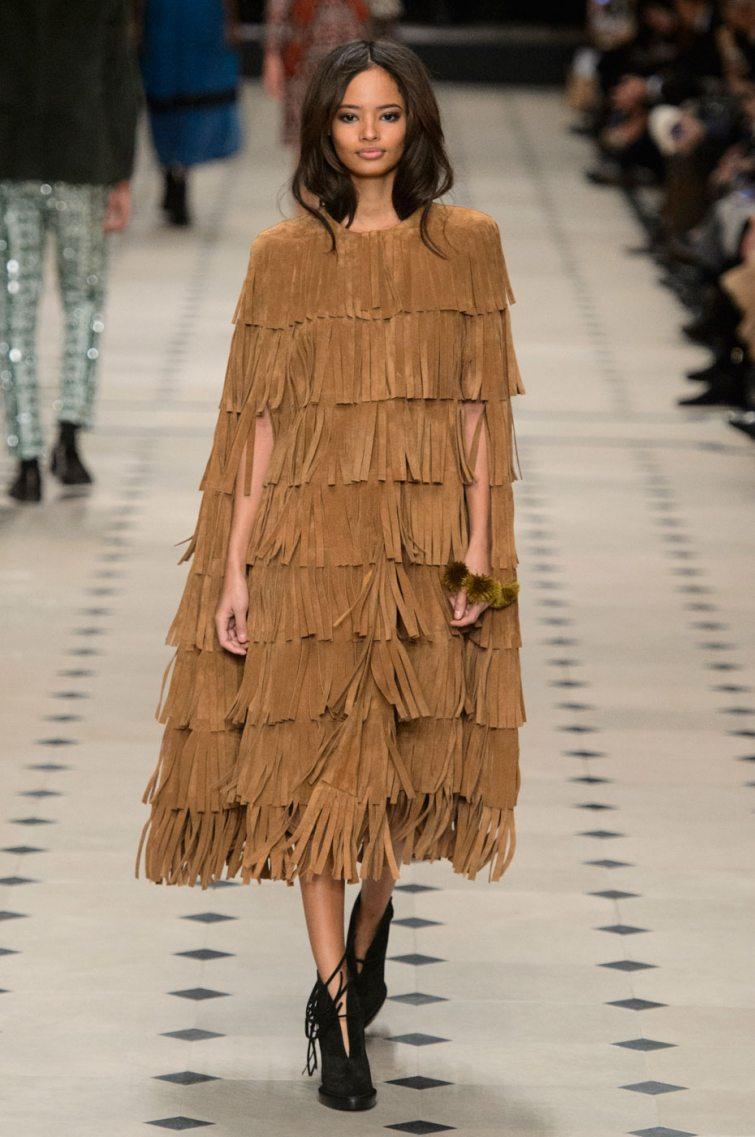 třásňové šaty burberry