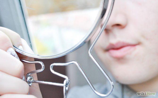 Výběr make-upu podle podtónu pleti a testu se šperkem