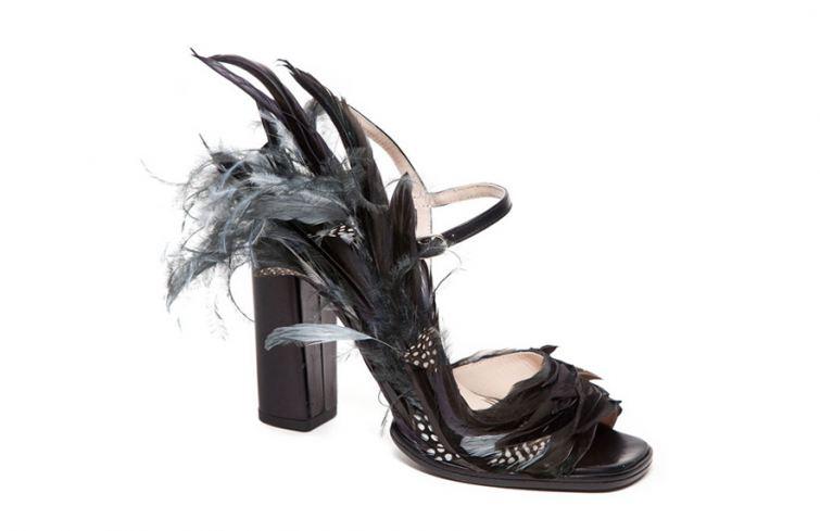 Páskové střevíčky, trendy boty pro zimní plesovou sezónu 2014/2015