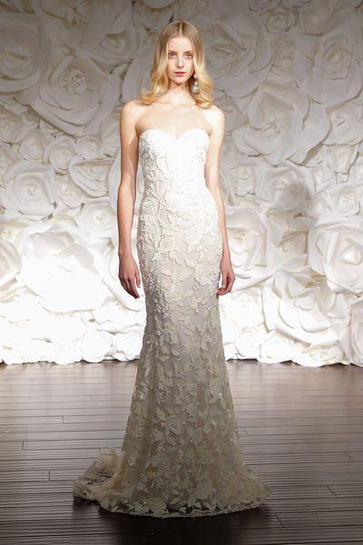 úzké svatební šaty pro rok 2015