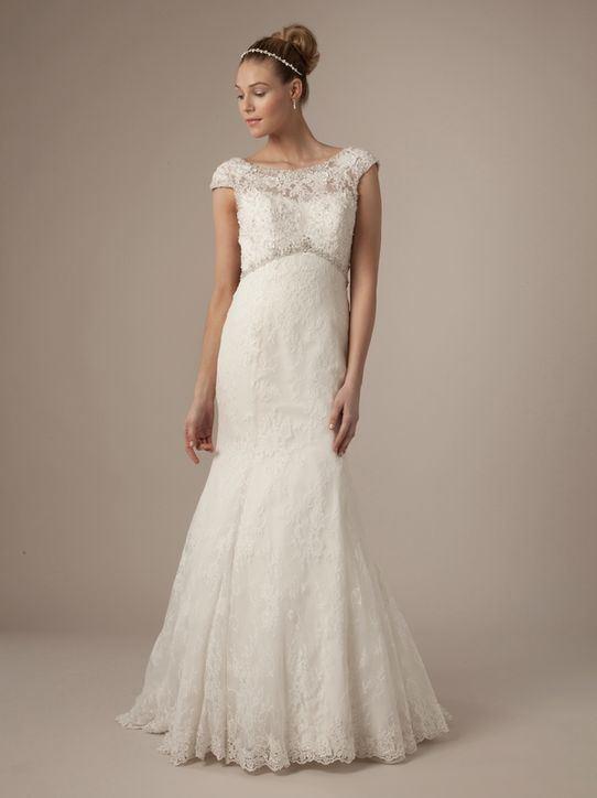 Krajkované svatební šaty 2014