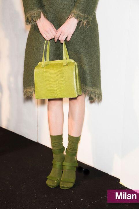 Zelená kabelka, trendy barva na podzim 2014