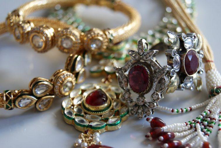Empírové šperky