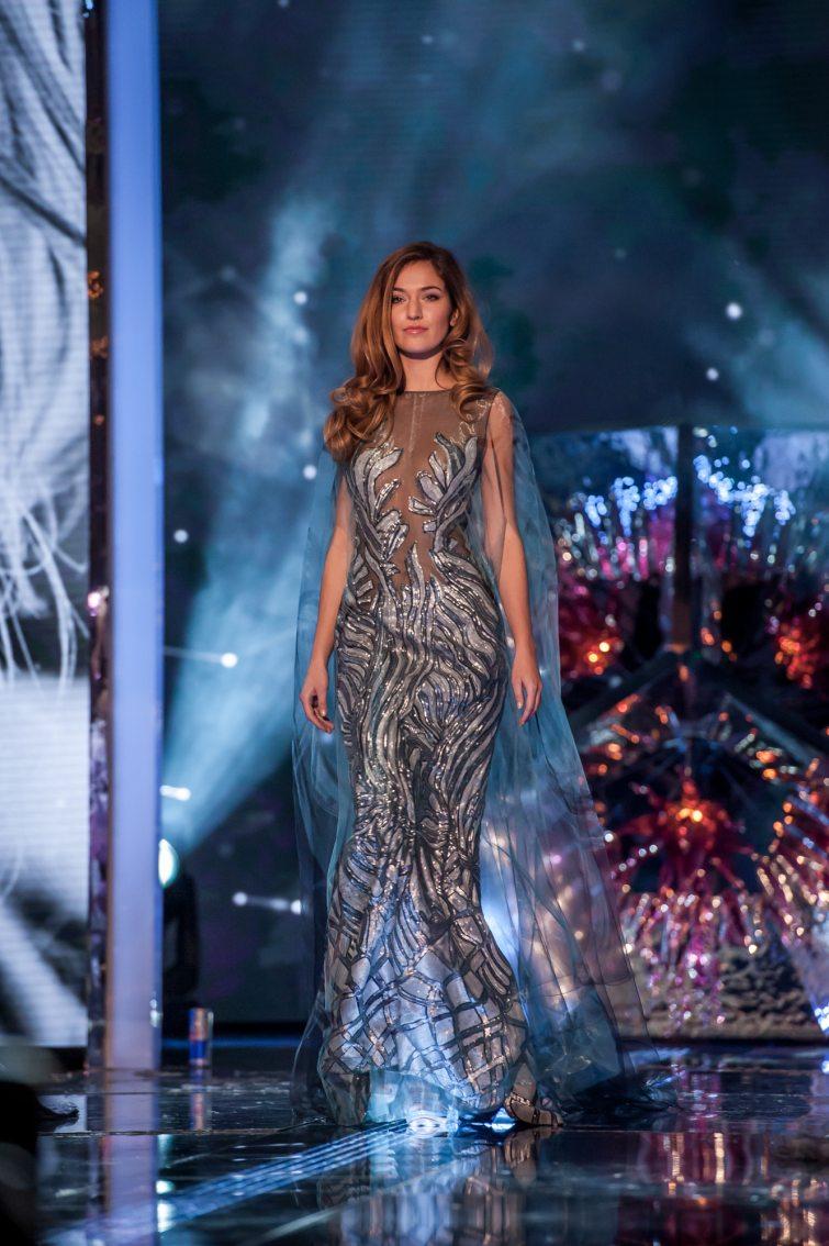 Andrea Bezděková fotky šaty