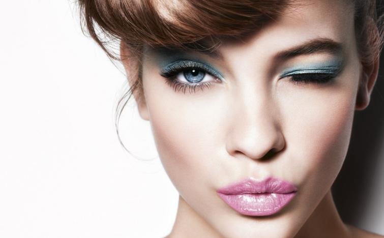 kosmetický veletrh s účesy