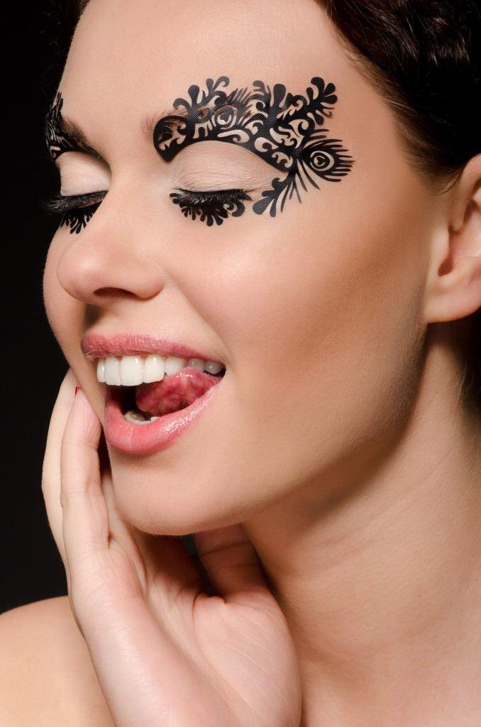 Úžasný Face-Lace Make-up