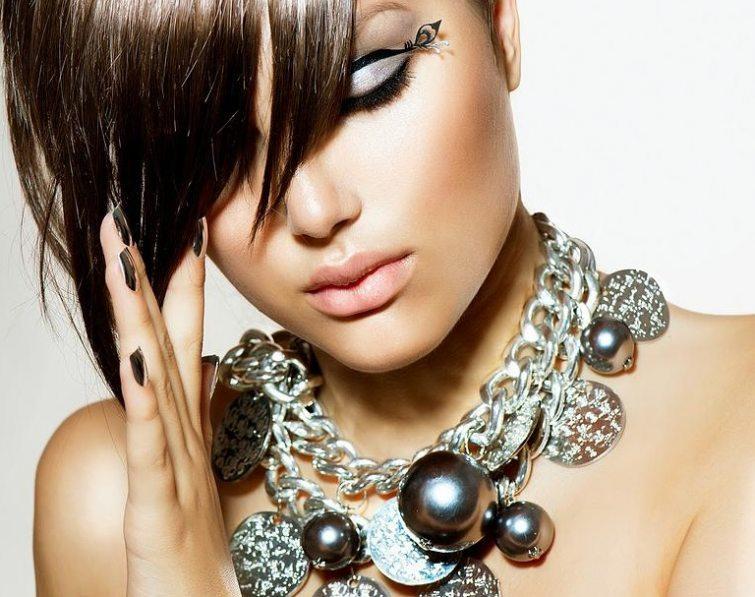 Šperky pro originální outfit