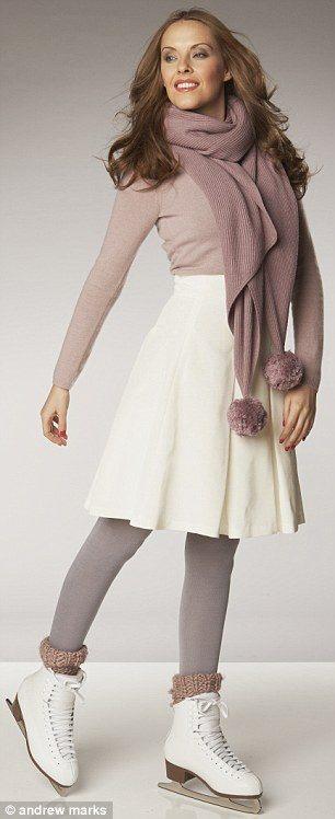 Do haly na led si vezměte hřejivou pletenou sukni a svetříku