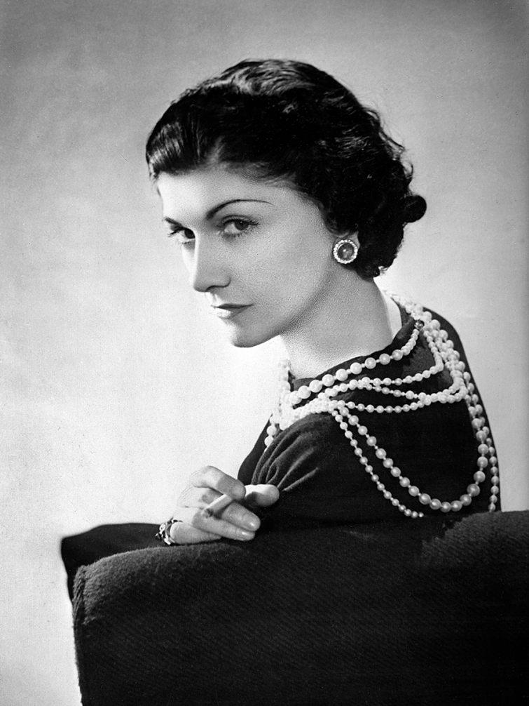 Návrhářka Coco Chanel