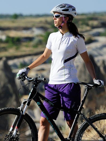 Dámský cyklistický outfit