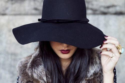 černý klobouk dámský