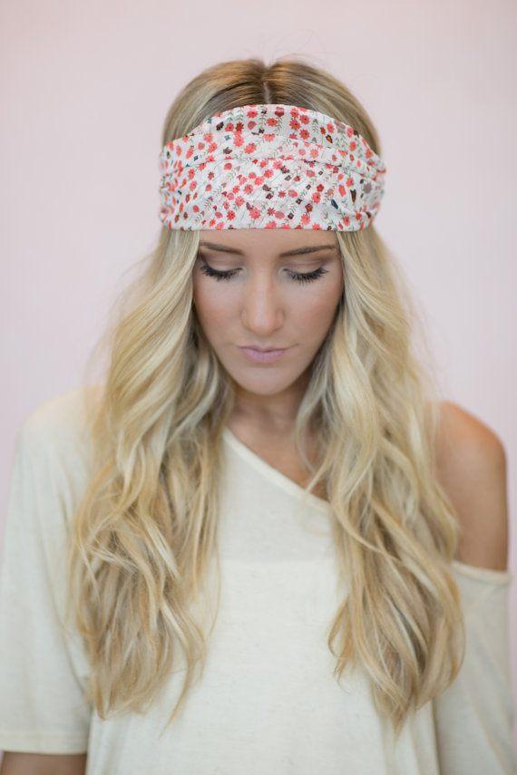 Květinový šátek jako látková čelenka