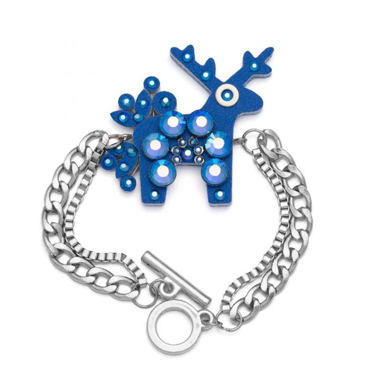 Krásný jelení šperk na krk