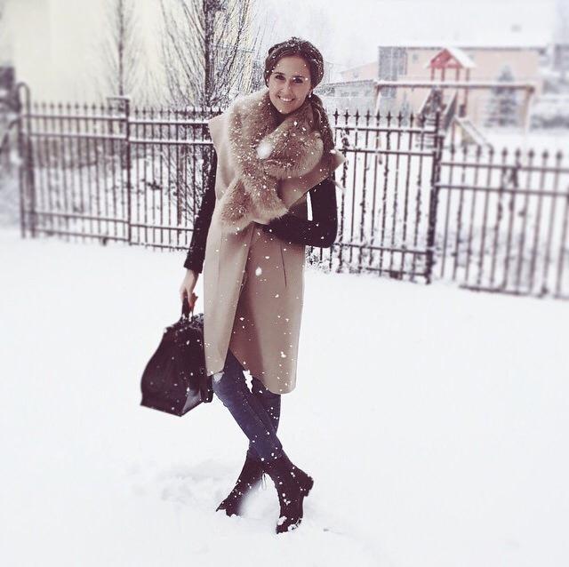 Simona Kukučková outfit