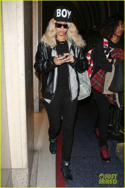 Rihanna snapback Boy