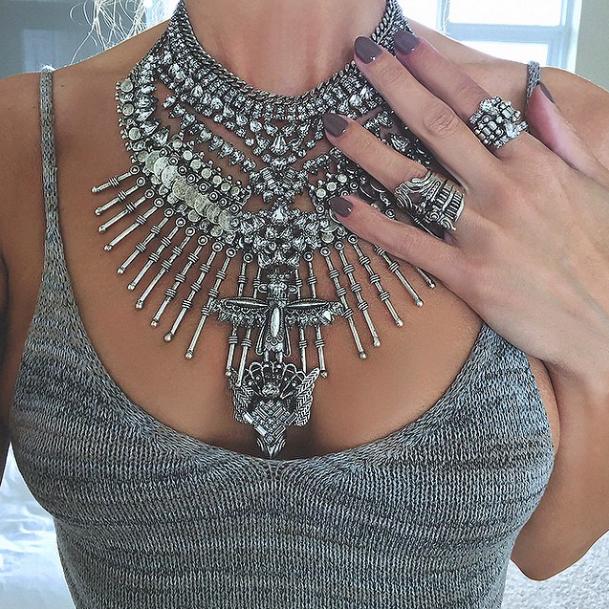 obrovský náhrdelník maxi