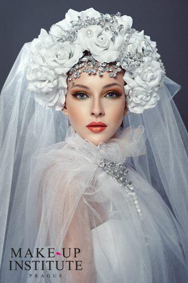 netradiční svatební líčení