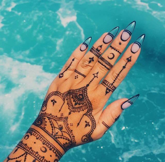 tetování hennou orientální