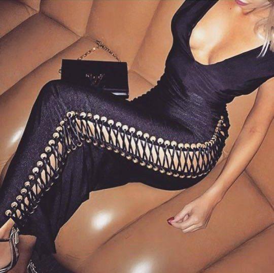 šněrovací šaty černé 2016